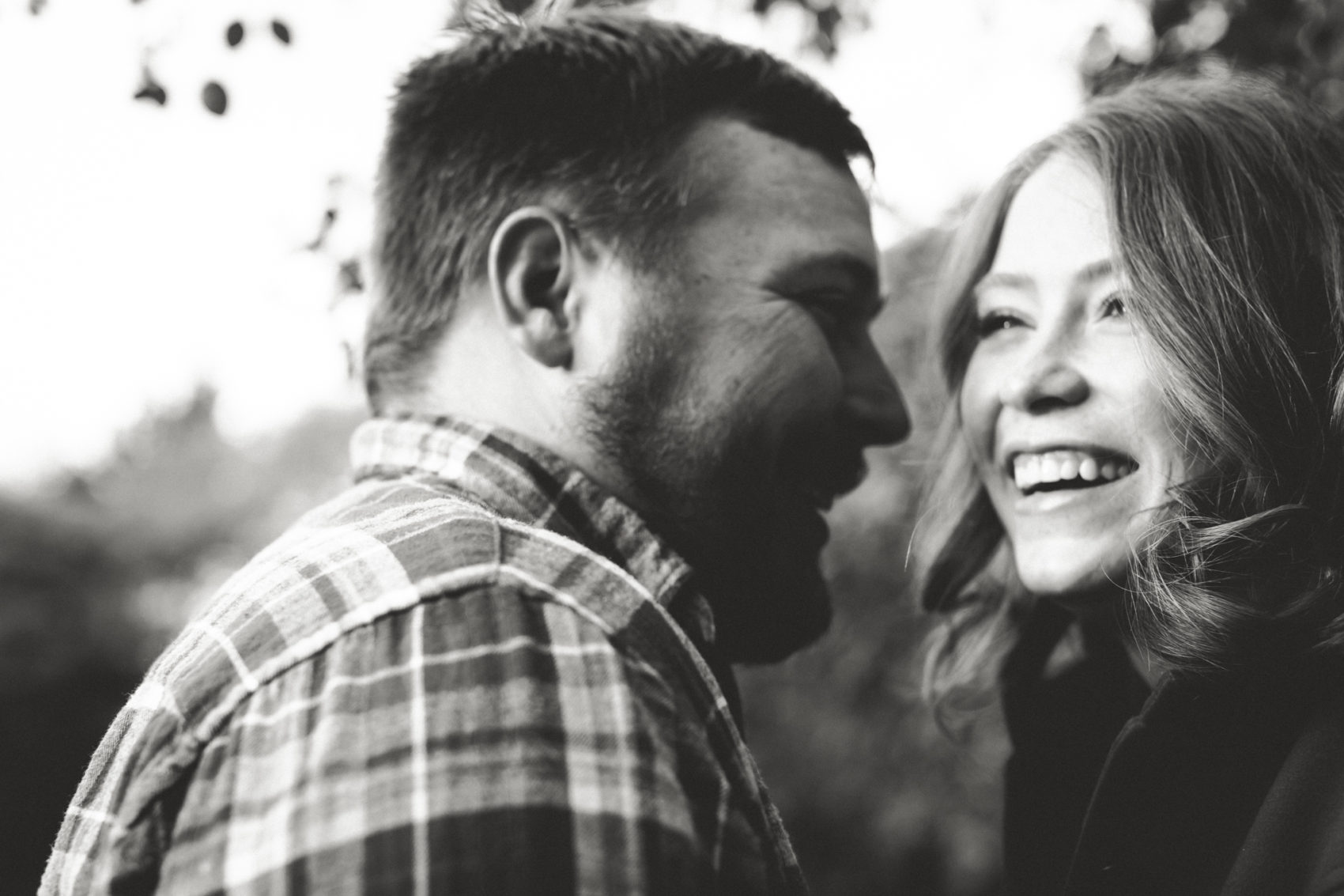 Stony Creek Metropark autumn engagement session